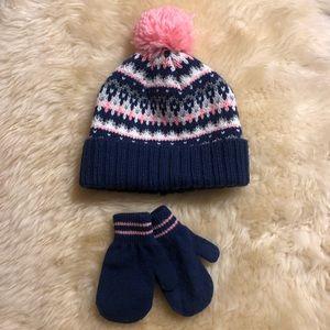 Carter's Hat & Mitten Set
